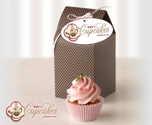 Cupcake en Muffin Caf studeerde moderne logo ontwerpen