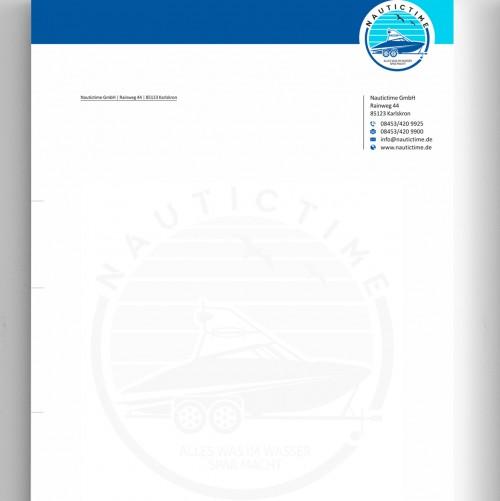 Geschäftspapiere für Motorboot-Verleih auf Trailern